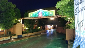 HOTEL ESSOR - ADULT ONLY Front of Property - Evening/Night