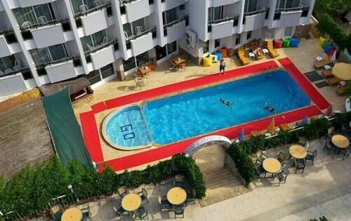 . Grand Didyma Hotel
