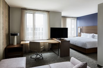 Guestroom at Residence Inn by Marriott Dallas by the Galleria in Dallas
