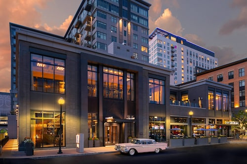 . The Row Hotel at Assembly Row, Autograph Collection