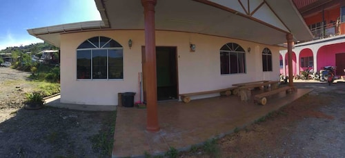 Postar's Backpacker - Hostel, Ranau