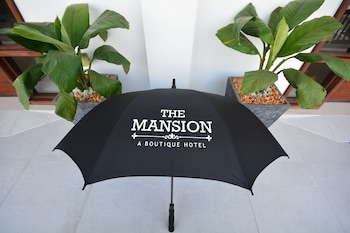 THE MANSION Miscellaneous