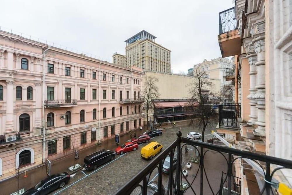 Апартаменты Kiev Accommodation на Городецкого