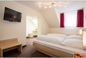 威斯特霍特阿爾特飯店 Hotel Alt Westerholt