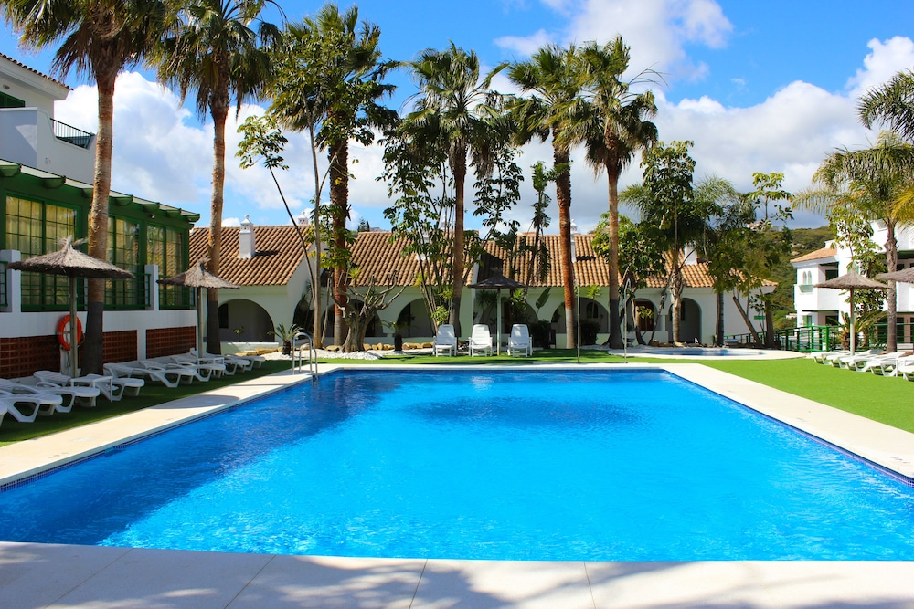 Hotel Apartamentos Manilva Sun, Featured Image