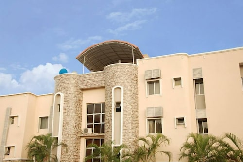 Amso International Hotel, AbujaMun