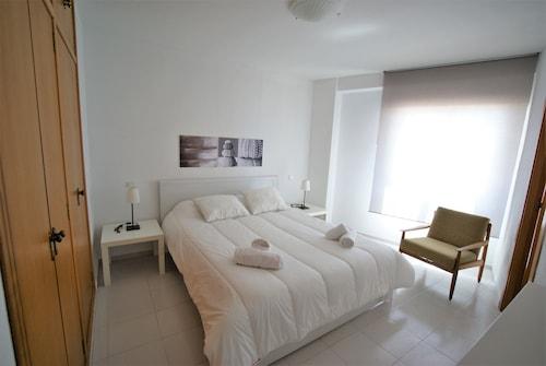 Mediterranean View Apartment, Alicante