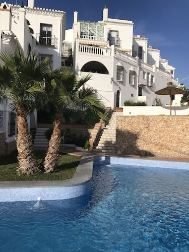 Casa Alamar Burriana Playa Nerja Canovas, Málaga