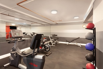 Fitness Facility at Hawthorn Suites by Wyndham Kissimmee Gateway in Kissimmee