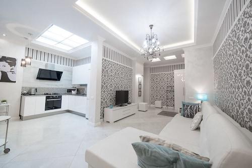 Royal apartments Minsk, Minsk