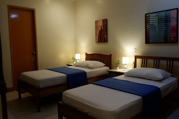 CEBU BUDGETEL - IT PARK CITY CENTER - HOSTEL Room