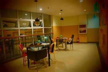 CEBU BUDGETEL - IT PARK CITY CENTER - HOSTEL Dining
