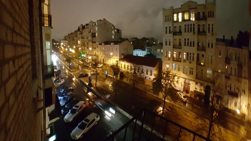 «Rent Kiev пл. Льва Толстого»