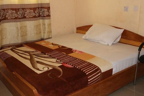 Nagino Lodge, Awutu Efutu Senya