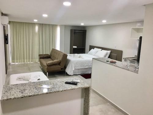 HOTEL ALMAGRE, Cabedelo