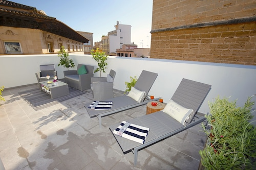 . Sant Miquel Homes Penthouse