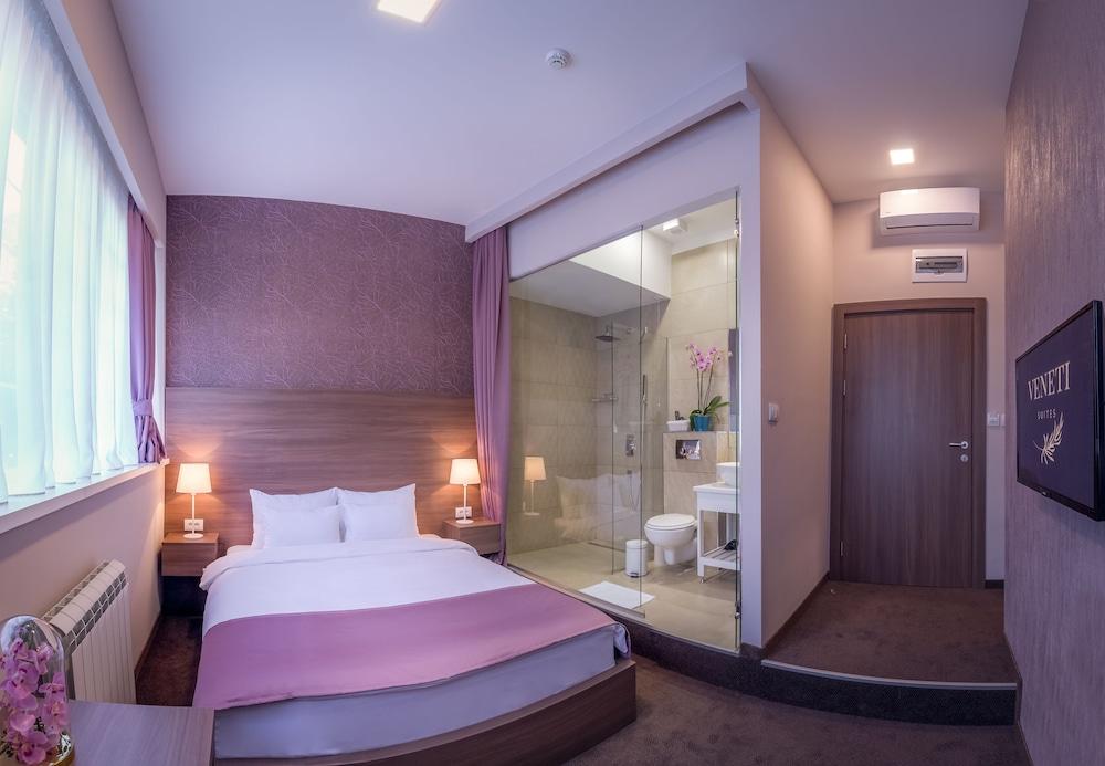 Veneti Suites