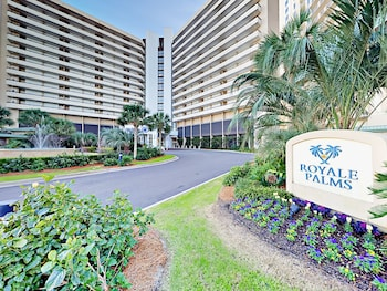 9994 Beach Club Dr Condo Unit 1004 2 Bedrooms 2 Bathrooms Condo