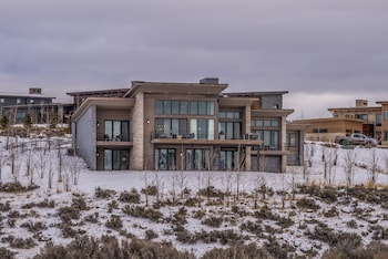 Park City Promontory Place 4 Bedrooms 4.5 Bathrooms Home