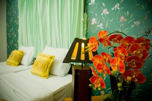 . Huaykhakhaeng Country Home Resort