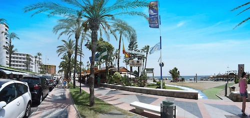 Apartamentos Playa 76, Málaga