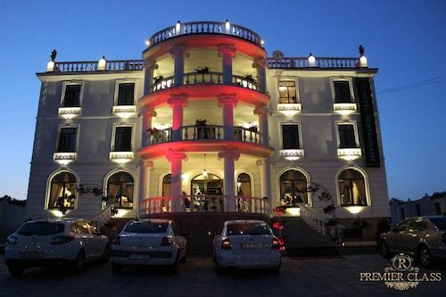 Hotel Premier Class, Rediu