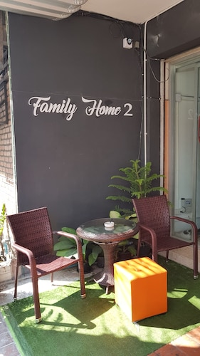 Family Home 2 Chiangmai - Adults Only, Muang Chiang Mai