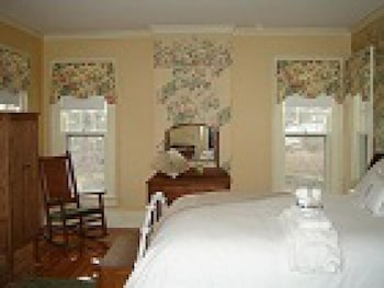 Standard Tek Büyük Yataklı Oda, Ortak Banyo (english Tea Rose )