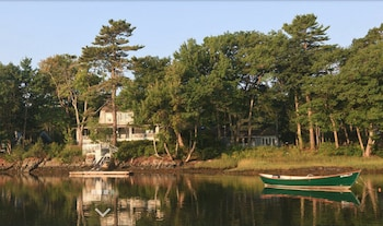 Hotel - Bufflehead Cove