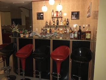 TGH BADIAN Bar