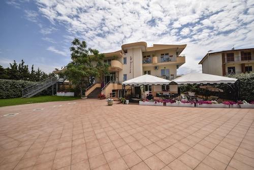 . Hotel La Villa