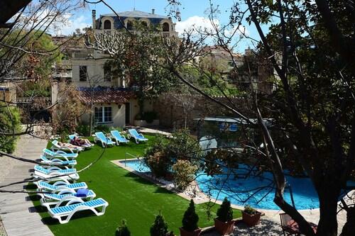 __{offers.Best_flights}__ Hotel Termes La Garriga