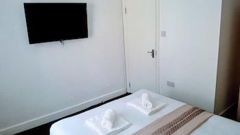 Superior Tek Büyük Yataklı Oda, Ortak Banyo (room C)