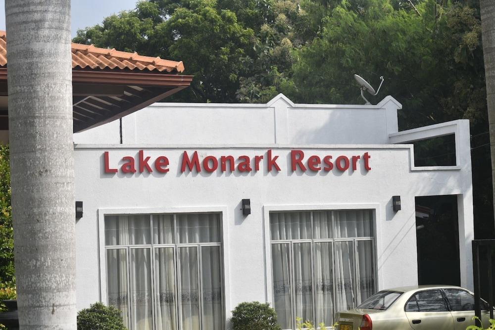 Lake Monark Resort