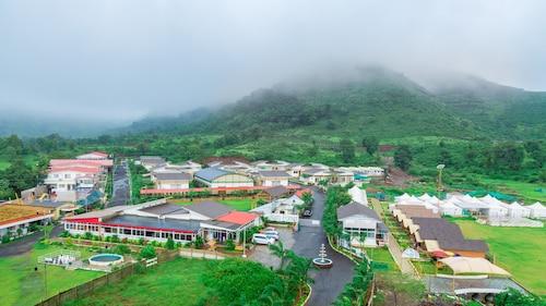. Rainforest Resort and Spa