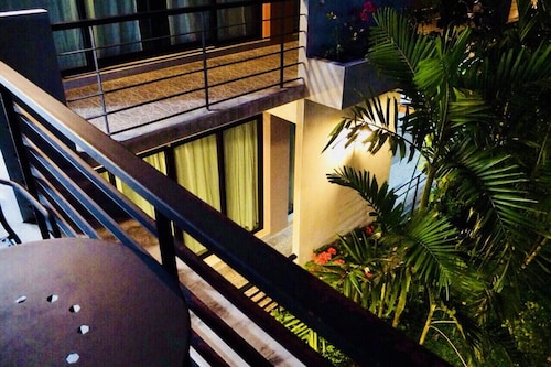 Wassana Sitdharma Guesthouse, Muang Trang