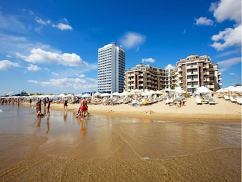 Golden Ina - Rumba Beach