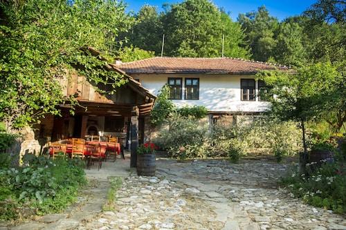 . Little River Guest House