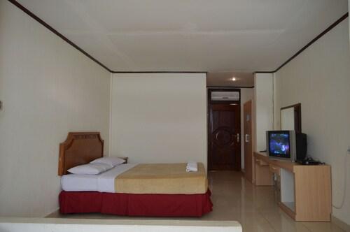 Hotel Maninjau Indah