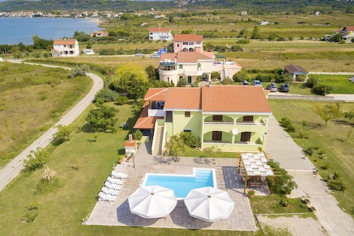 . Apartment With 2 Bedrooms in Ljuba?, With Wonderful sea View, Shared Pool, Furnished Garden - 300 m From the Beach