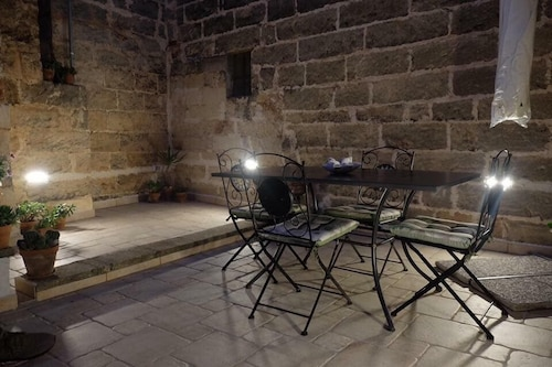 . Dimora Luxori Santa Lucia Apartments