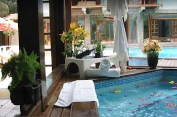 卡薩恩坎塔達套房飯店 Casa Encantada Hotel & Suites