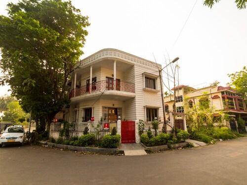 OYO 1836 Hotel Shila International, Kolkata