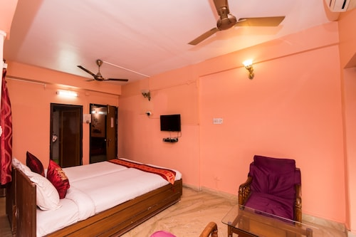 OYO 3039 Step Inn Guest House, South 24 Parganas