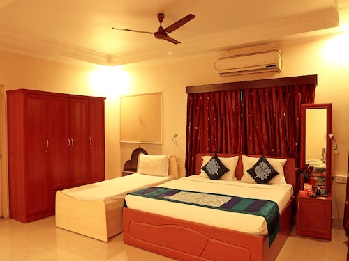 OYO 4402 Mishra's Guest House, South 24 Parganas