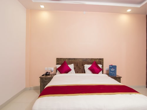 OYO 10625 Hotel Sunrise by City Culture, Lucknow