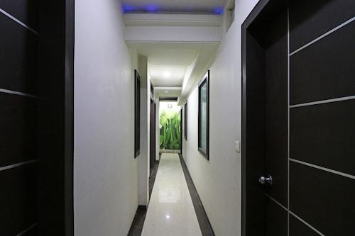 OYO 10414 Hotel Tushar Residency, Mathura