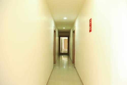 OYO 6433 Hotel Check Inn, Nagpur