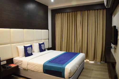 OYO 3484 Hotel Sai Vijay, Nashik