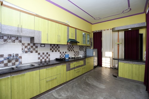 OYO 11049 Home 3BHK Villa Nakuchiyatal, Nainital